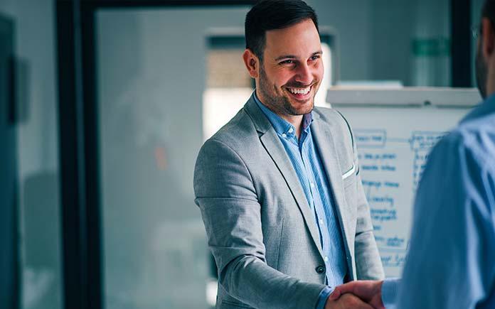 Descubra como os nossos serviços ajudam inúmeras empresas na construção de equipes de alta performance